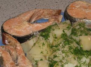 Рецепт Рыбка на пару с картошечкой в пароварке