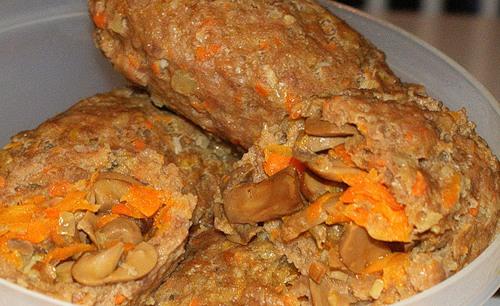 Рецепт Паровые зразы с грибами в пароварке